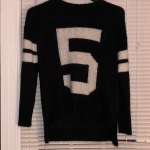 Black and white sweater!!